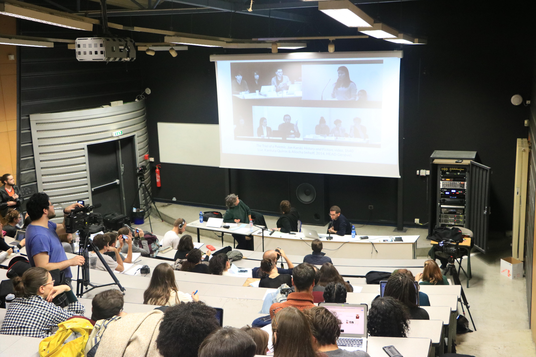 RECHERCHE >Exposer l'art contemporain : les métiers du commissaire d'exposition – Cycle 2 – Université Paris 8/C-e-a