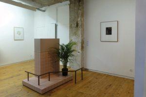 Wesley Meuris, vue de l'exposition Sightseeing, Galerie Jérôme Poggi, Paris, 2013. photo : permission de la Galerie Jérôme Poggi